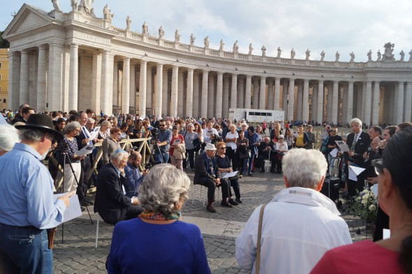 "Throngs gather at the Obelisk in St. Peter's Square to ""Remember Together"" the deportation of the 1,022 Jews to Auschwitz on October 16, 1943. Photo by Maria Wallbrecher"