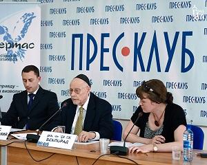 L-R: Dr. Taras Dzyubanskyy, Rabbi Jack Bemporad and translator.